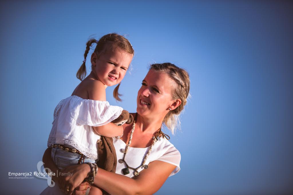Fotografos de bodas, bebes, niños, newborn y familias en Guardamar, Alicante, Murcia, Elche, Orihuela. Tu fotógrafo de confianza.